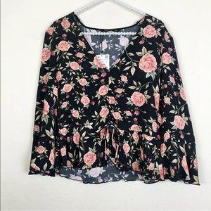 [Zara] NWT Black Floral Bell Sleeve Top